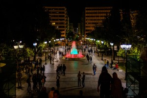 Explore-Athens-by-night-like-a-local